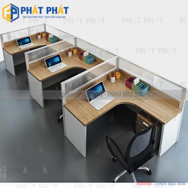 Nên hay không sử dụng bàn làm việc văn phòng có vách ngăn ?